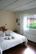 A-puolen makuuhuone