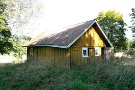 Vanha sauna/varastorakennus