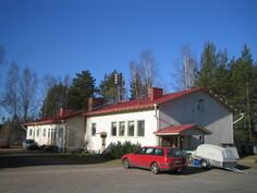 Ent. Vermuntilan koulun opettajien asuintalo, jossa 3 huoneistoa mm. omilla sisäänkäynneillä!
