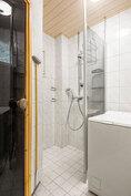 Kompakti kylpyhuone ja sauna