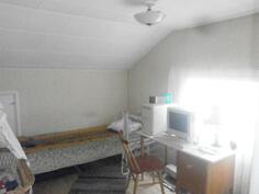6.makuuhuone (yläkerta)