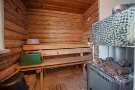 Hirsimökin sauna