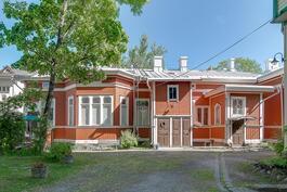Myytävä asunto vasemmassa reunassa