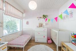 Tämä huone on kuin luotu lasten omaksi makkariksi