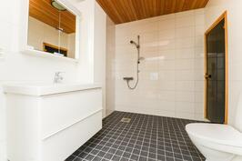 Kylpyhuone/Badrum