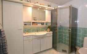 MH:n kylpyhuone