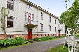 Asunto toisessa kerroksessa, 2h+k+alkovi+piian huone 75 m²