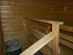 sauna sähkökiukaalla
