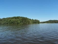 Näkymä laiturilta Lohjan järvelle