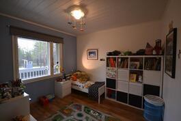 Lapsen huone