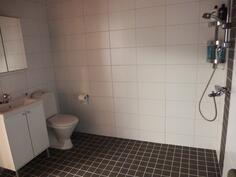 Pesuhuone ja wc
