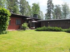 Talo Kurkiniemessä on oiva paikka perheelle