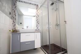 Kylpyhuone (malliasunto)