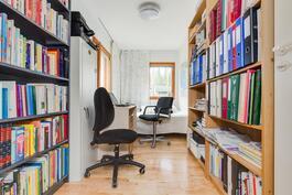 Kirjasto- ja työhuone