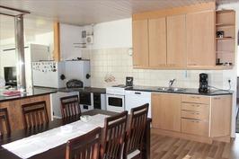 2001 uusittu keittiö