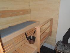 Täysin remontoitu sauna