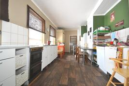 alakerran keittiötiloja