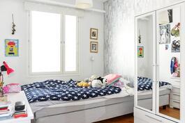 Makuuhuone 3 (yläkerrassa)