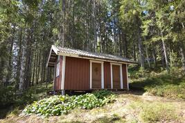 Vierashuone ja puuliiteri
