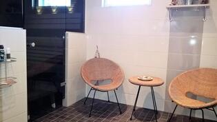 Suihkuhuone / Duschrum