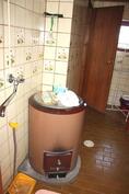 Pesuhuoneessa myös pata
