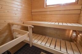 muhunt1-f26-sauna-4576