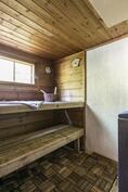 Saunamökin sauna.