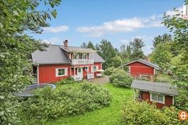 Suojaisa pihapiiri / Skyddad gård