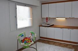 Makuuhuone 2 / alakerta