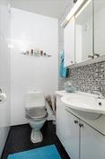 yläkerta erillinen wc