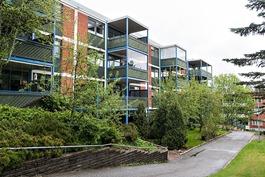 Läpitalon asunto, vain kahdet portaat