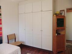 pienen makuuhuoneen komerto