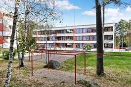 Suvilahti, Porinkatu 2 D, 3. krs, 3h+k+parv. 76 m²