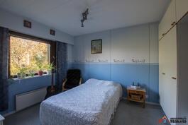 1. Makuuhuone, alakerta