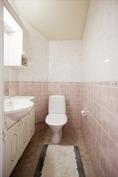 Yläkerran wc - Övrevåningens wc