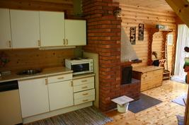 2. puolen keittiö