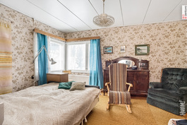 Vanhan puolen makuuhuone