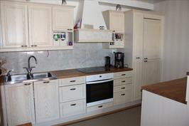 2009 täysin uudistettu keittiö