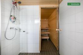 Saunaosaston suihku/sauna
