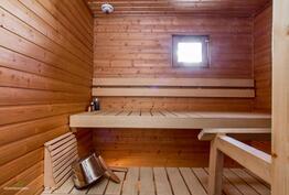 Siistissä saunassa on ikkuna