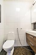 Alakerran wc remontoitu v. 2010