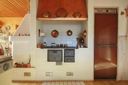 Puuhella keittiössä... :)