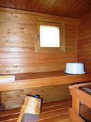 Sauna, jossa ikkuna
