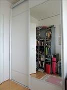 makuuhuoneen 2 peiliovelliset kaapistot