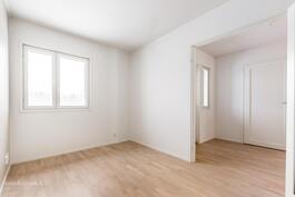 huone 3