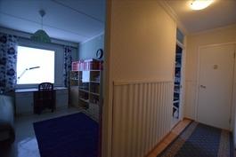 huoneistossa 2 sisäänkäyntiä