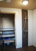 ... saunan sähkökiuas on vuolukiveä! Huoneiston erilliset kylpyhuone- ja ...