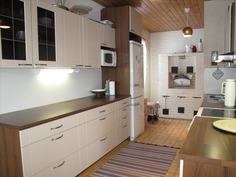 Aiemmin remontoitu keittiö