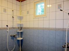 kätevästi kaksi suihkua