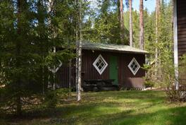 piharakennus, jossa sauna ja 2 huonetta